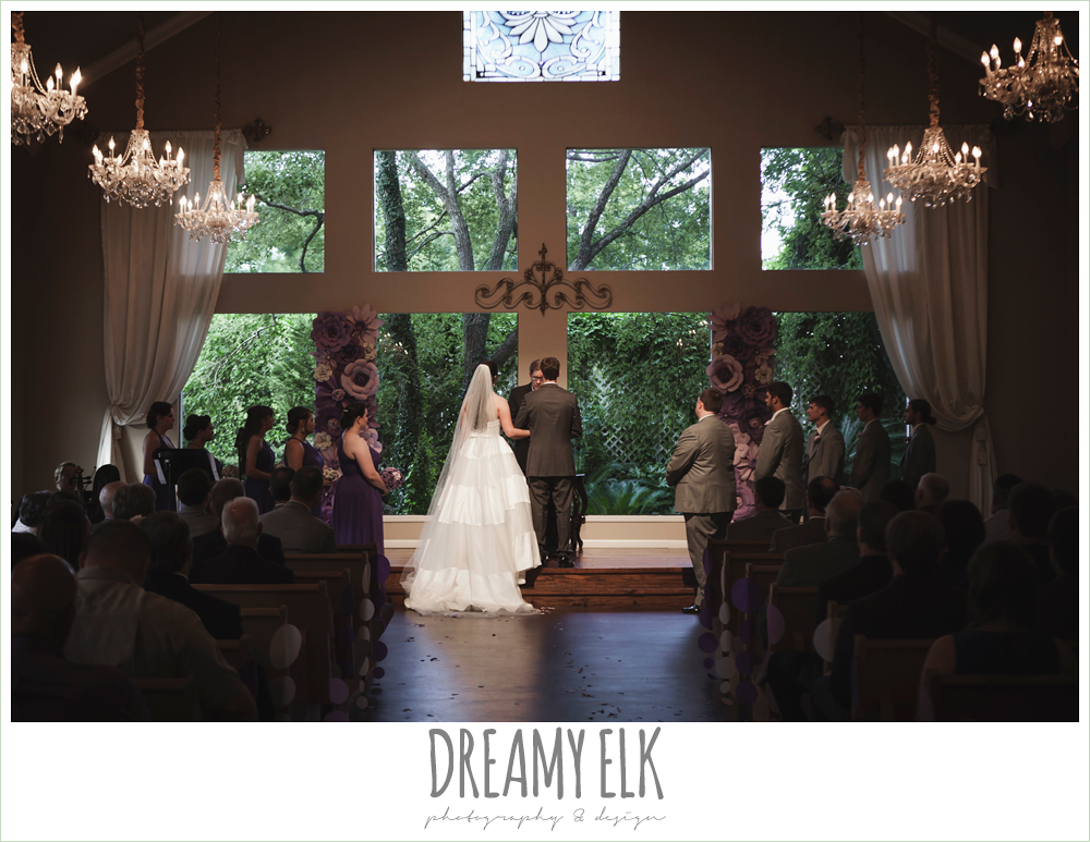 indoor wedding ceremony, heather's glen summer wedding photo, houston, texas {dreamy elk photography and design}