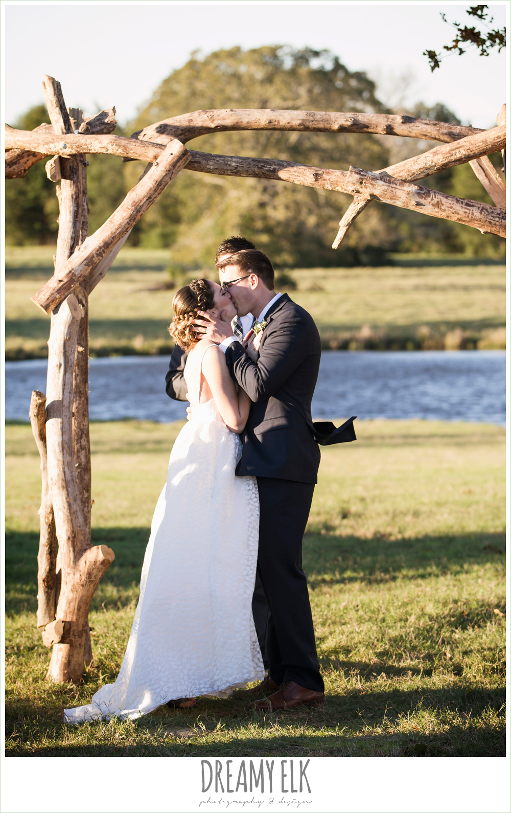 bride and groom kissing, outdoor fall wedding ceremony, rustic chic wedding photo, the amish barn at edge {dreamy elk photography and design}