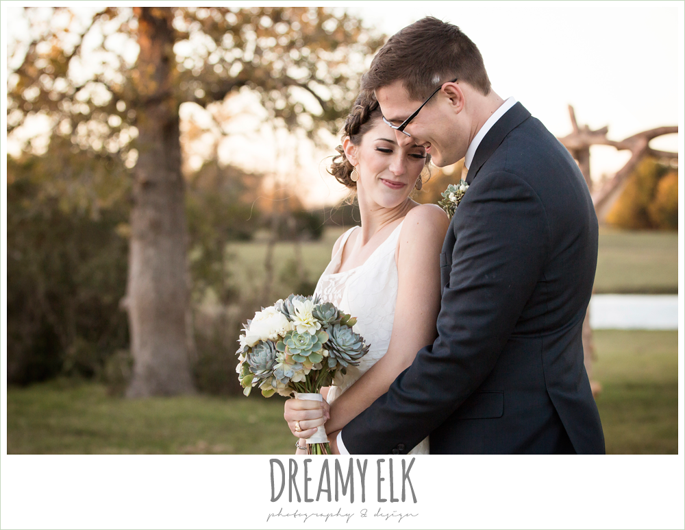 bride and groom portraits, rustic chic wedding photo, the amish barn at edge {dreamy elk photography and design}
