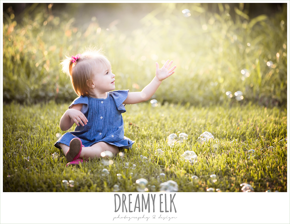 18 month old photo, photo of girl toddler outside with bubbles