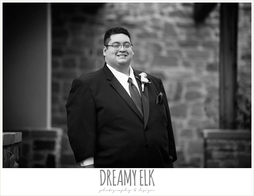 groom, purple and gold wedding, fall rainy wedding, canyonwood ridge, dripping springs, texas, photo {dreamy elk photography and design}