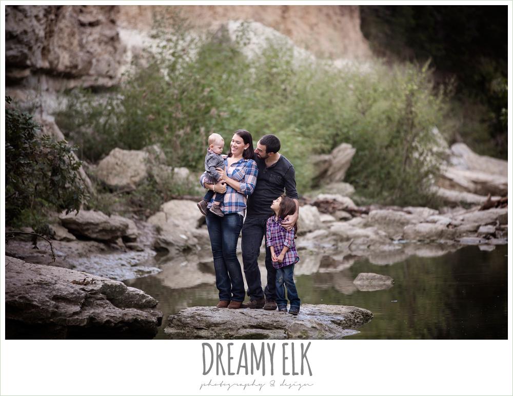 family photo, outdoor fall family portrait, walnut creek park, austin, texas {dreamy elk photography and design}