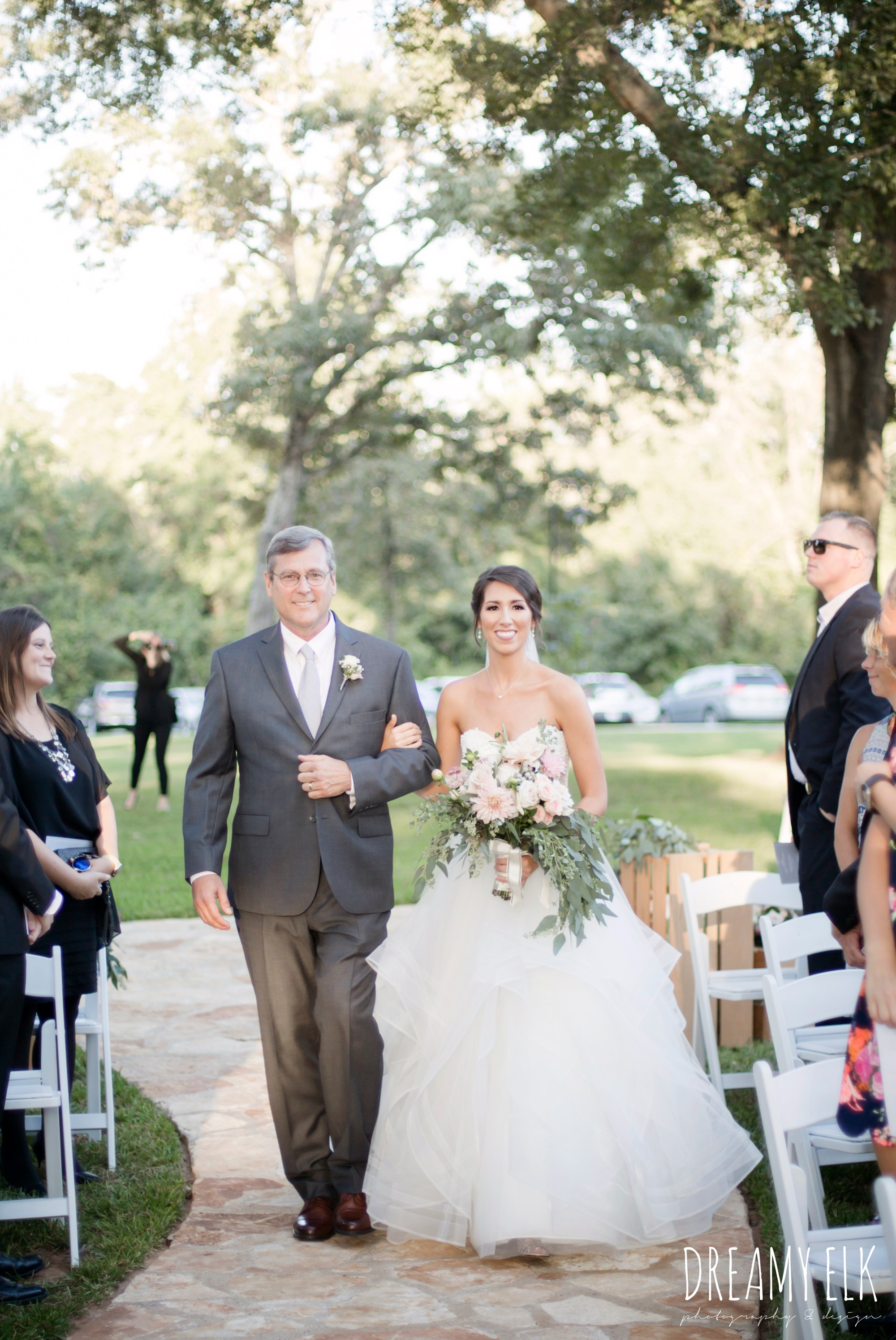 bride and dad walking down the aisle, outdoor fall october wedding photo, blush and gray wedding, balmorhea weddings and events, dreamy elk photography and design, austin texas wedding photographer
