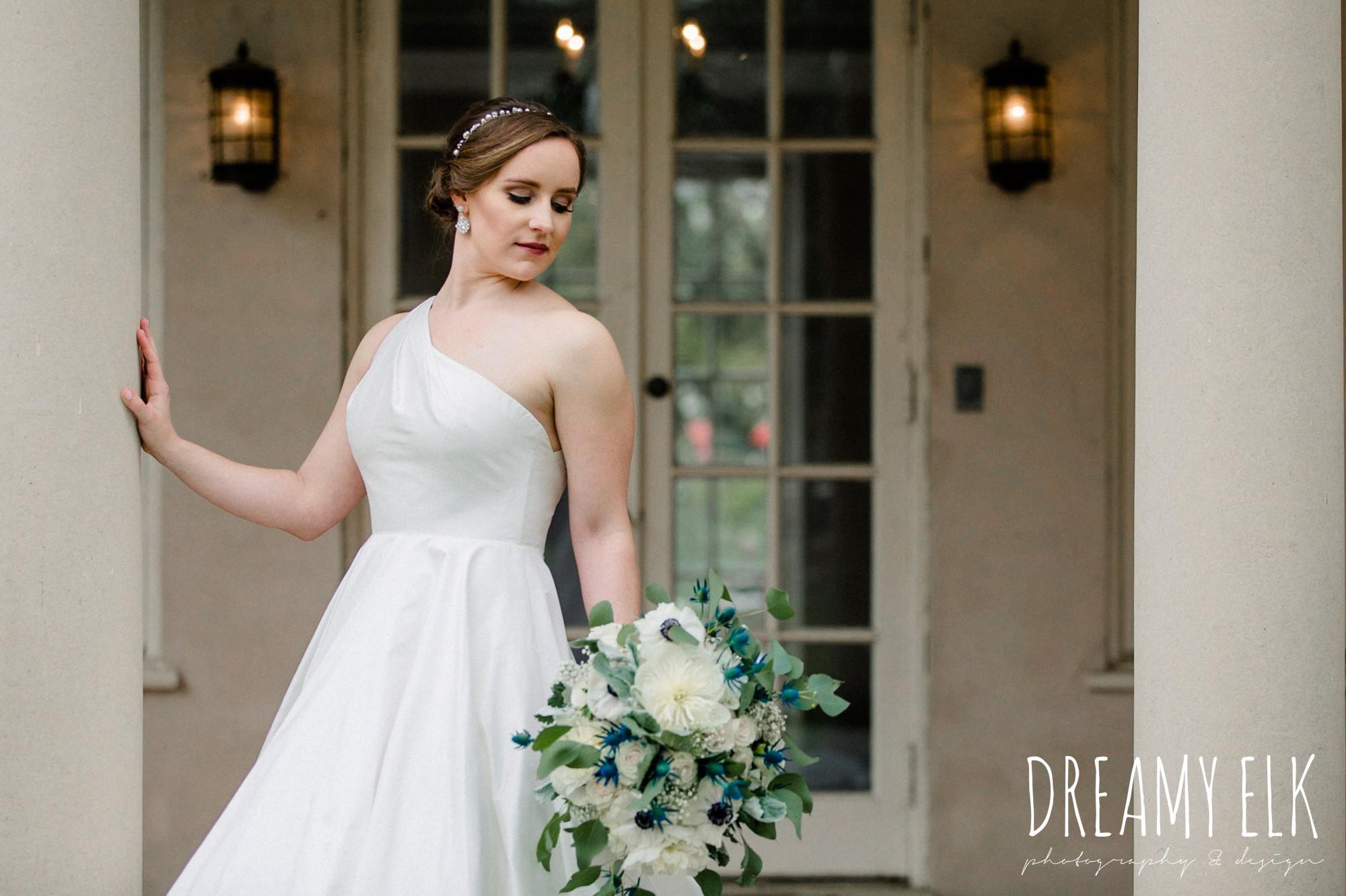 wedding hair updo, modern wedding dress ballgown, spring wedding, the astin mansion, bryan, texas, spring wedding, dreamy elk photography and design
