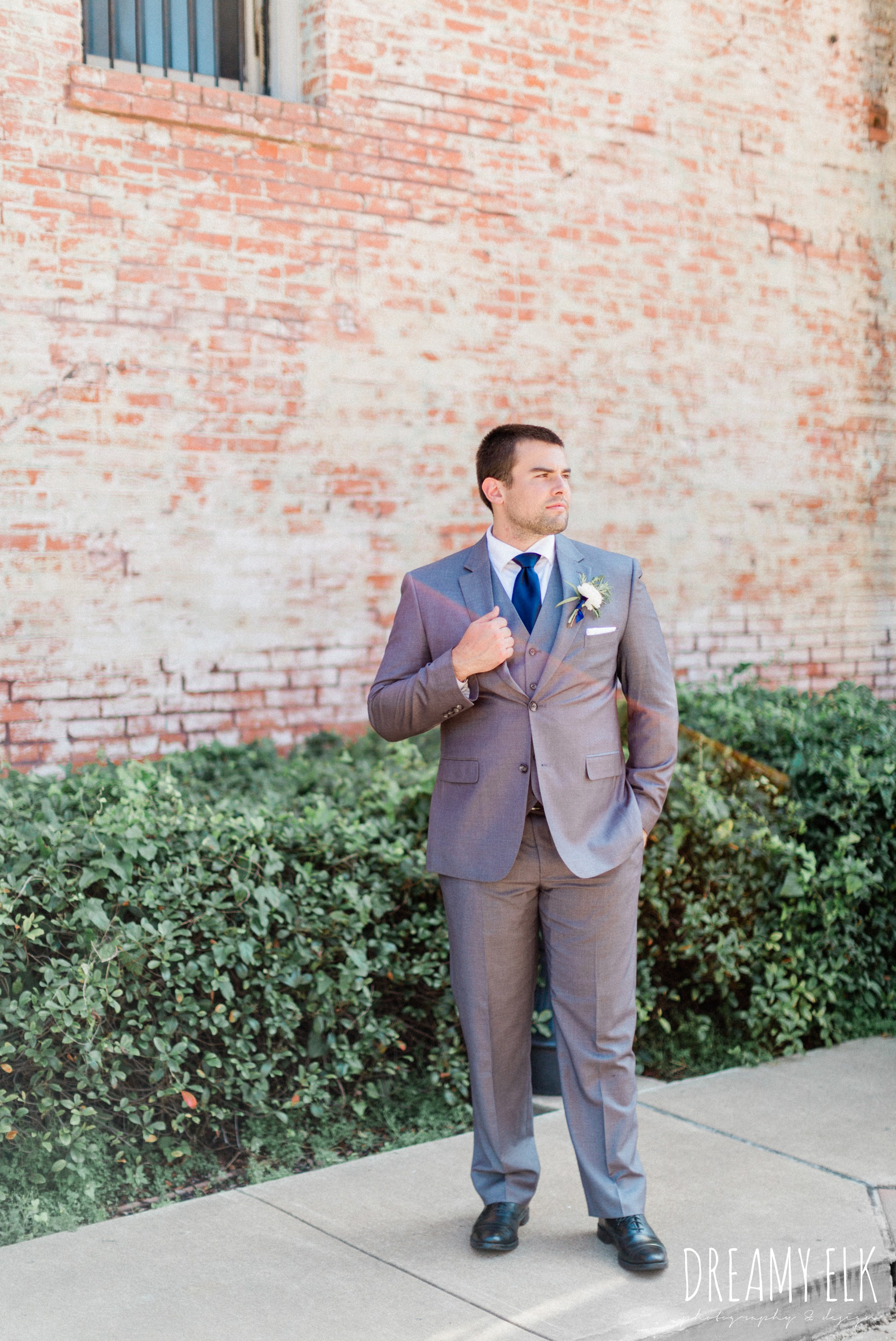 groom, gray suit navy tie, spring wedding photo college station texas, dreamy elk photography and design