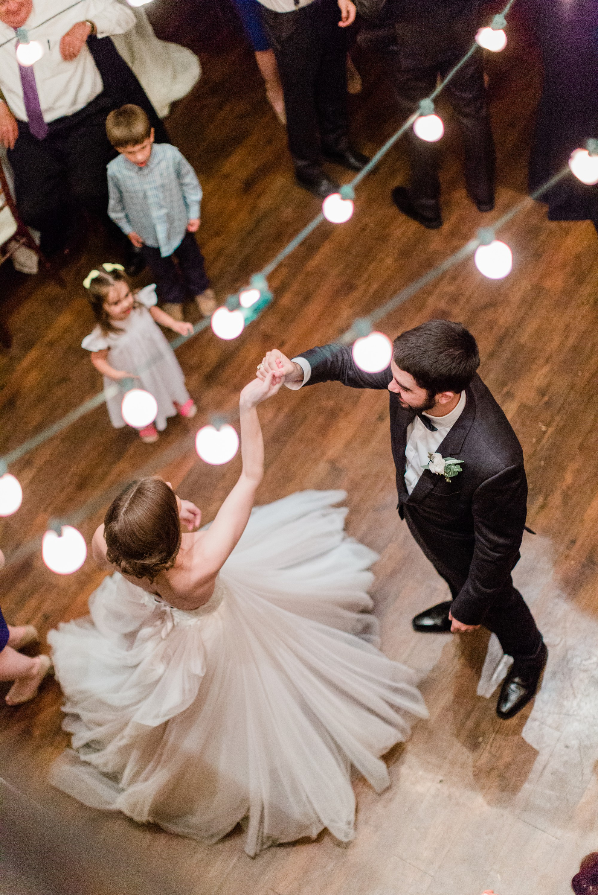 bride and groom dancing, first dance, spring wedding photo, the gallery, houston, texas, dreamy elk photography and design