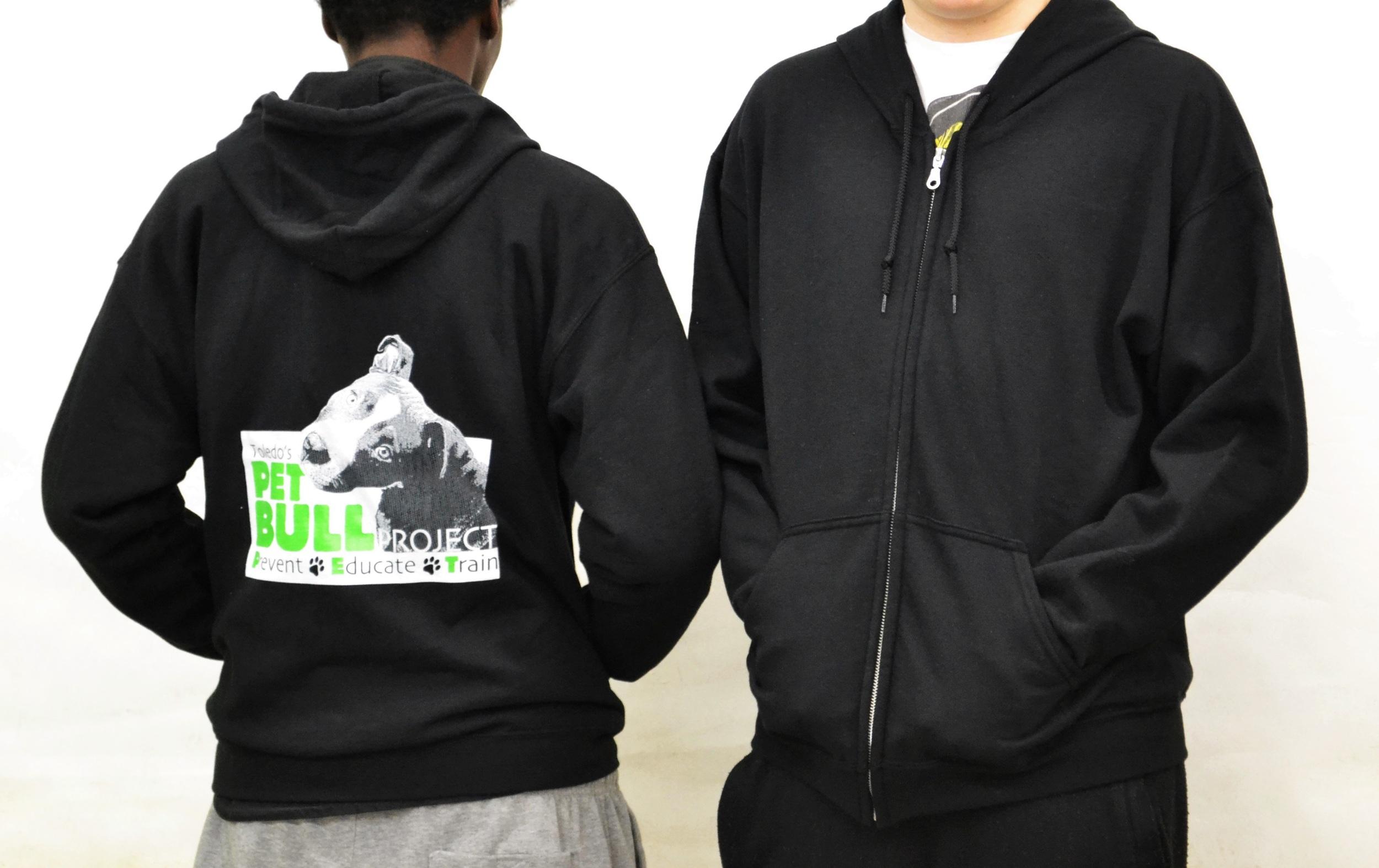 hoodie zipup logo black.JPG