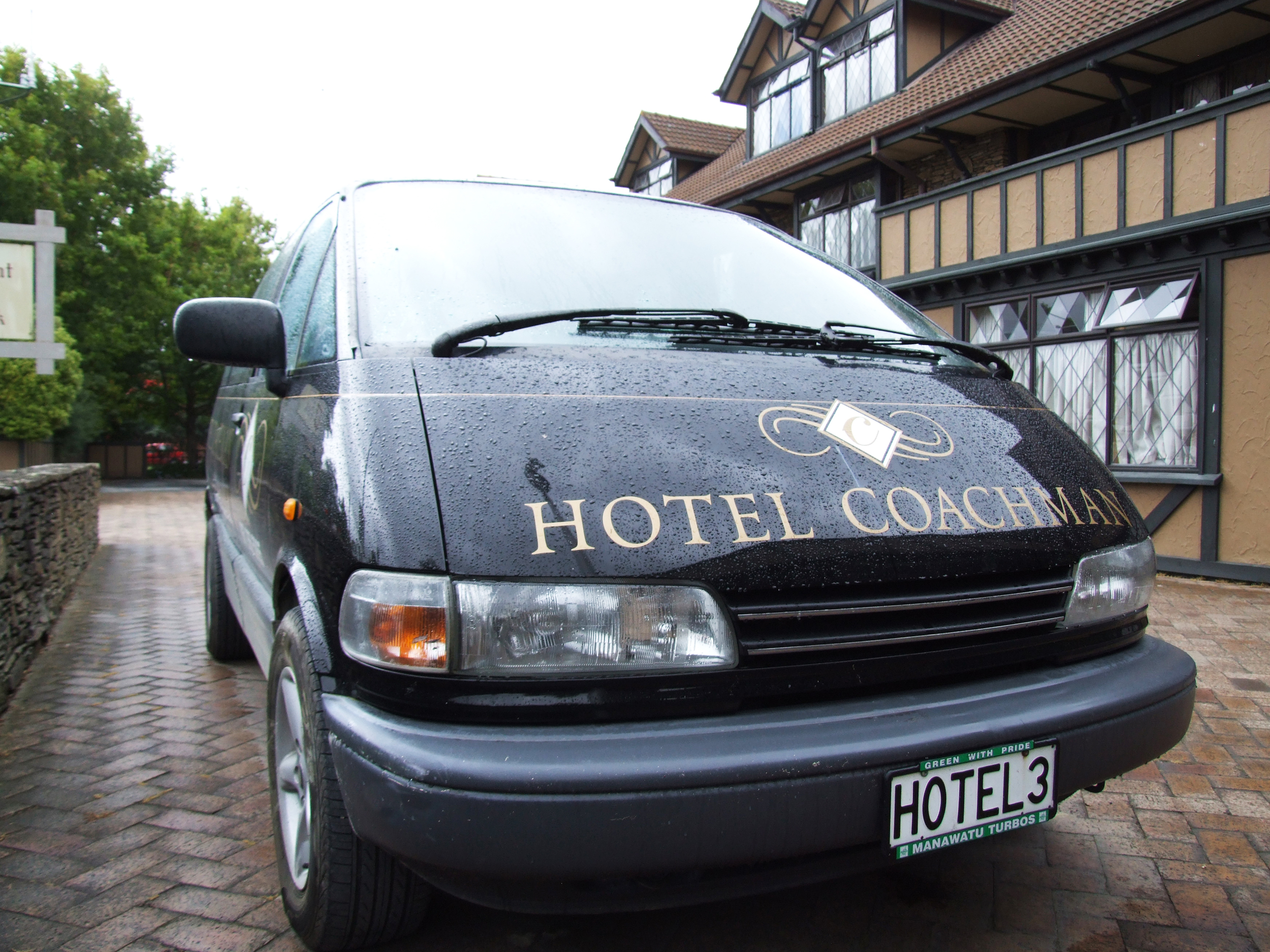 Hotel Coachman Courtesy Coach