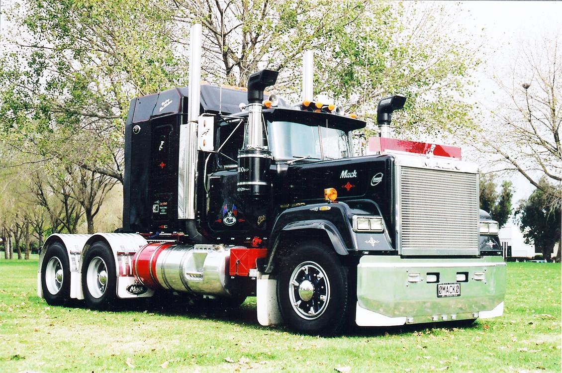 Mac-Truck.jpg