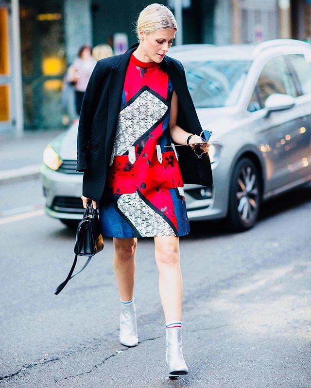 #tbt Throwback Milan Fashion Week @milanfashionweek #milan #milanfashionweek #citycatwalkofficial #blogger #fashionblog #fashion #instafashion #innsbruck #innsbrooklyn #streetstyle #streetstylefashion #austrianblogger #austrianstyle