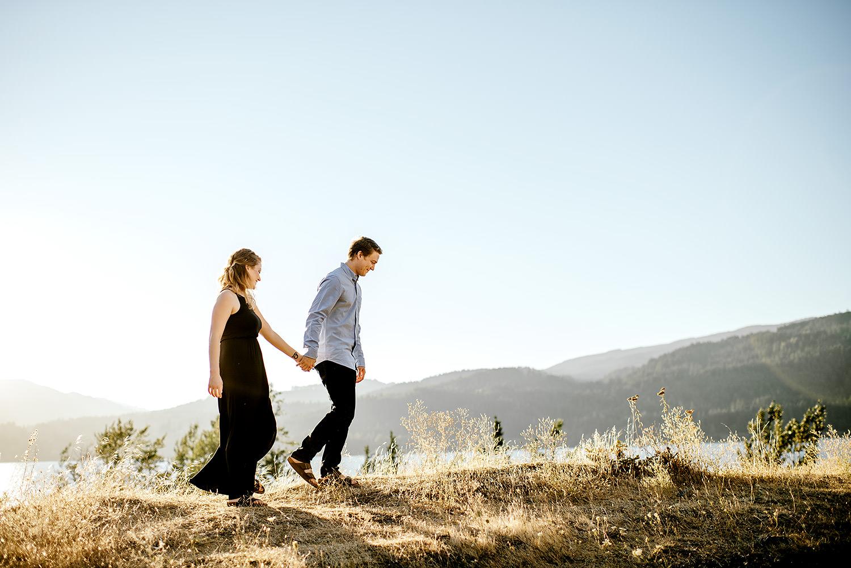 Portland_Oregon_Photographer_Latourell_Falls_Engagement030.jpg