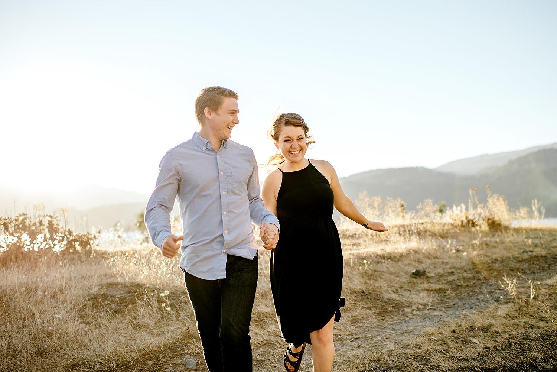 Portland_Oregon_Photographer_Latourell_Falls_Engagement033.jpg