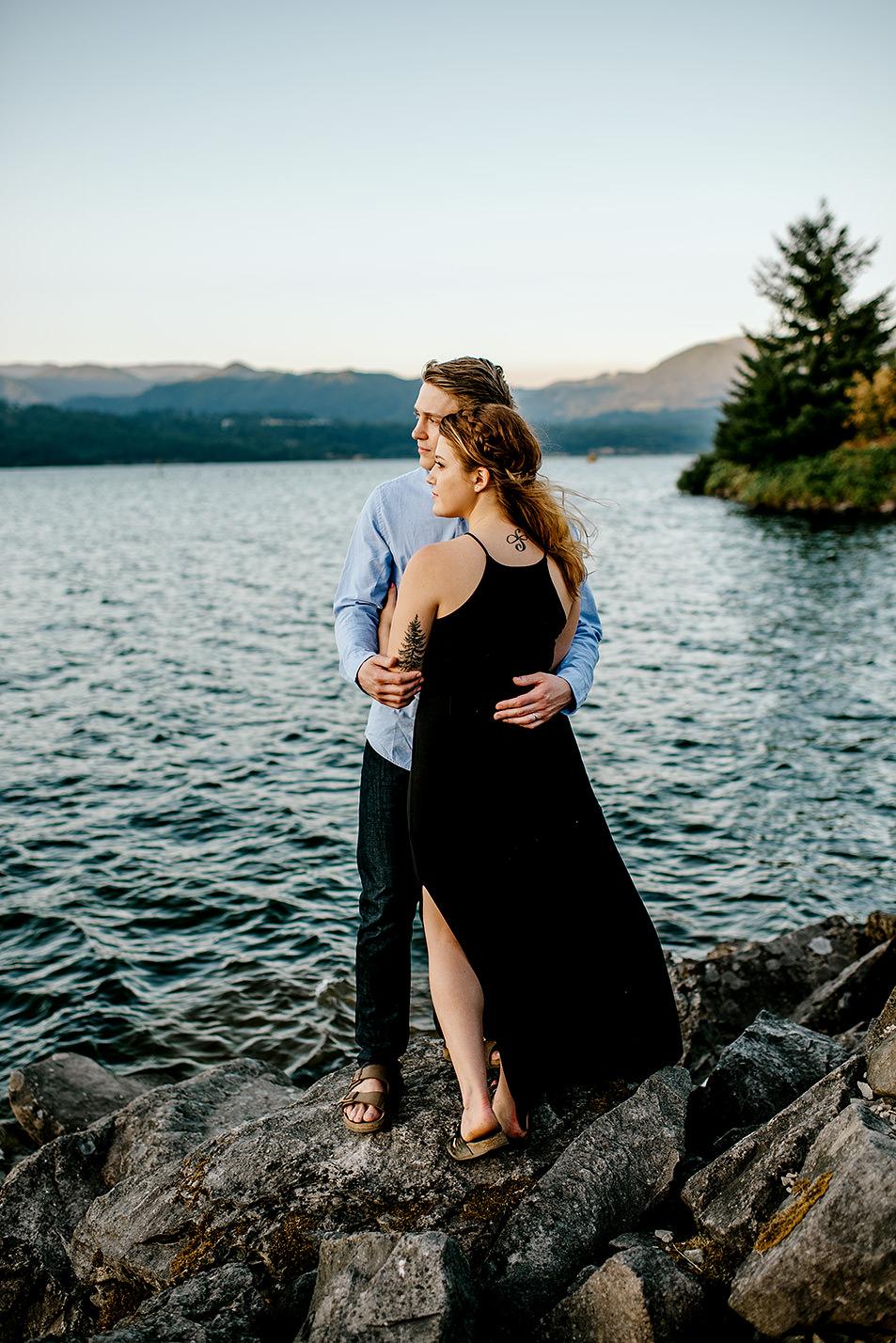Portland_Oregon_Photographer_Latourell_Falls_Engagement045.jpg