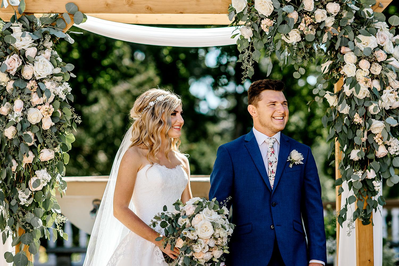 Lairmont_Manor_Wedding085.jpg
