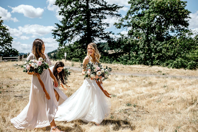 Portland-Oregon-Wedding-Photographer-Abernethy-Center-Wedding335.jpg