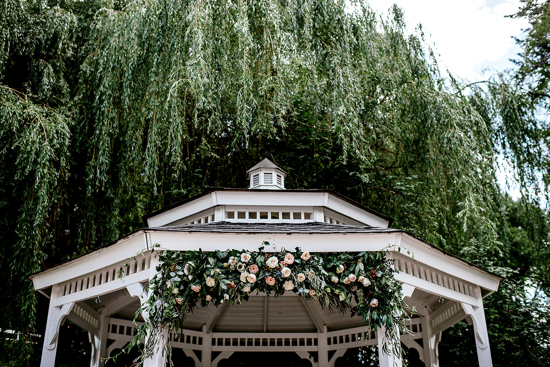 Portland-Oregon-Wedding-Photographer-Abernethy-Center-Wedding365.jpg