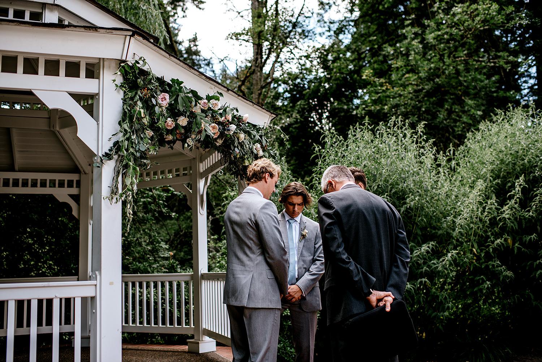 Portland-Oregon-Wedding-Photographer-Abernethy-Center-Wedding381.jpg