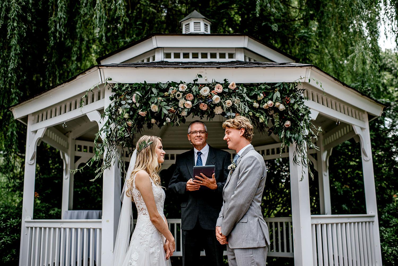 Portland-Oregon-Wedding-Photographer-Abernethy-Center-Wedding428.jpg