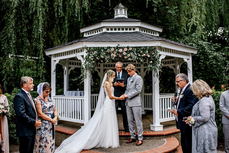 Portland-Oregon-Wedding-Photographer-Abernethy-Center-Wedding447.jpg