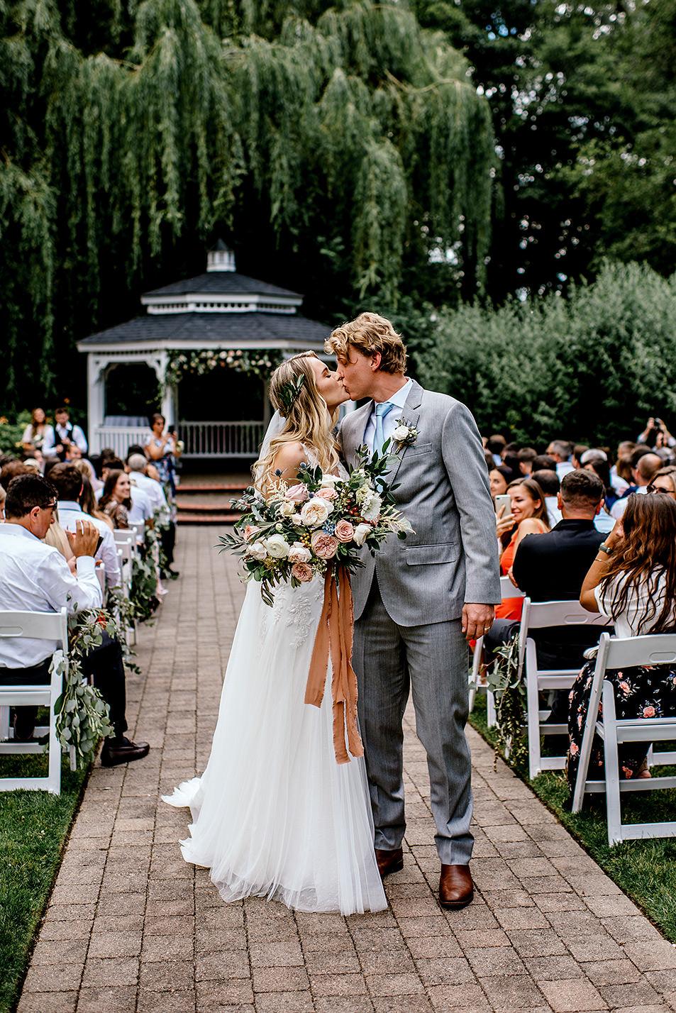 Portland-Oregon-Wedding-Photographer-Abernethy-Center-Wedding485.jpg