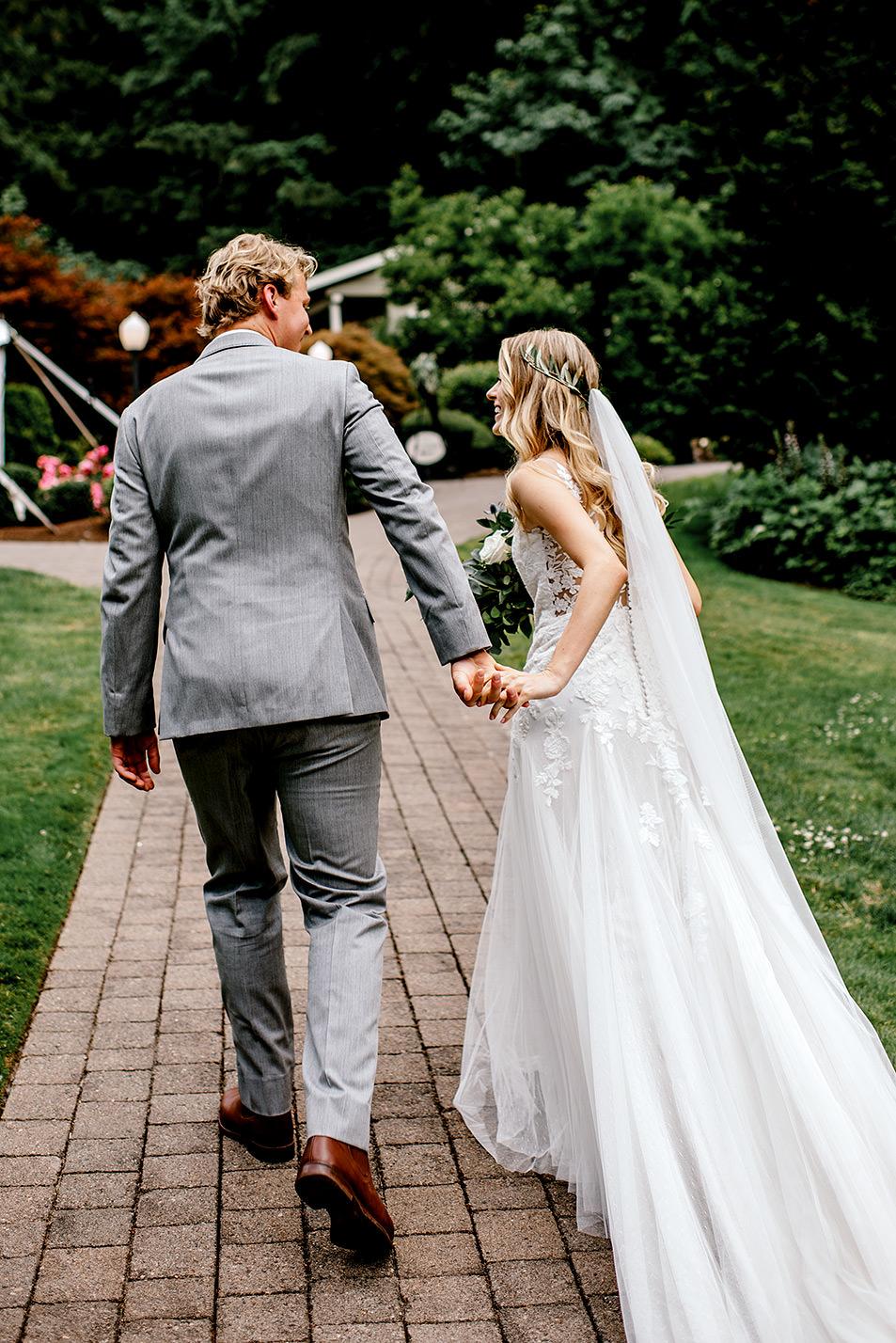 Portland-Oregon-Wedding-Photographer-Abernethy-Center-Wedding491.jpg