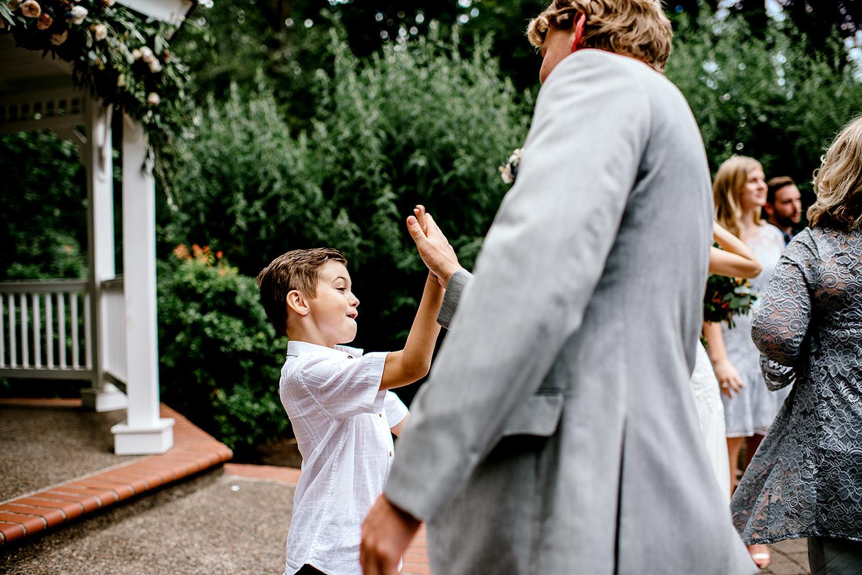 Portland-Oregon-Wedding-Photographer-Abernethy-Center-Wedding536.jpg