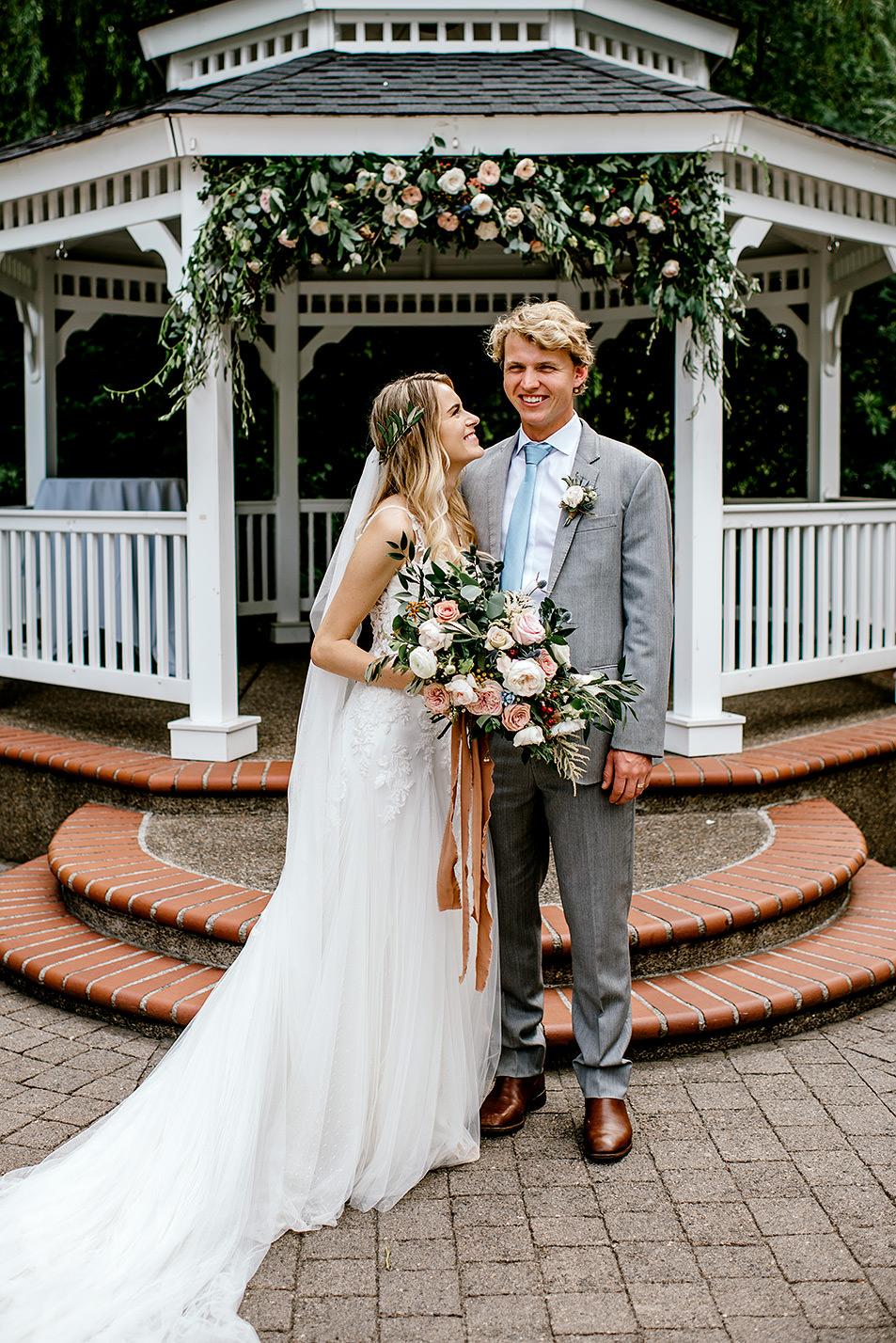 Portland-Oregon-Wedding-Photographer-Abernethy-Center-Wedding627.jpg