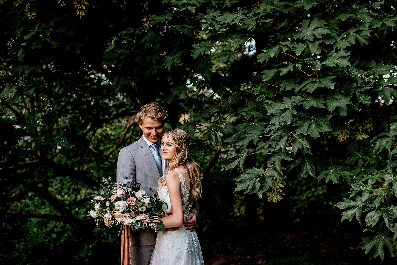 Portland-Oregon-Wedding-Photographer-Abernethy-Center-Wedding808.jpg