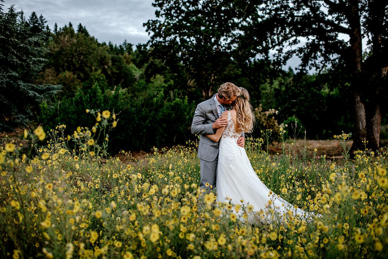 Portland-Oregon-Wedding-Photographer-Abernethy-Center-Wedding879.jpg