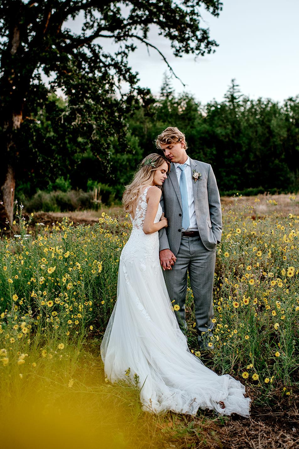 Portland-Oregon-Wedding-Photographer-Abernethy-Center-Wedding846.jpg