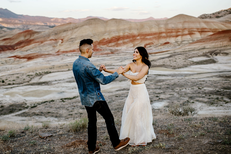 Painted-Hills-Oregon-Wedding-Photographer092.jpg