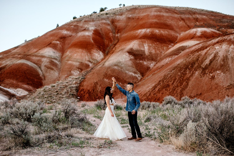 Painted-Hills-Oregon-Wedding-Photographer110.jpg