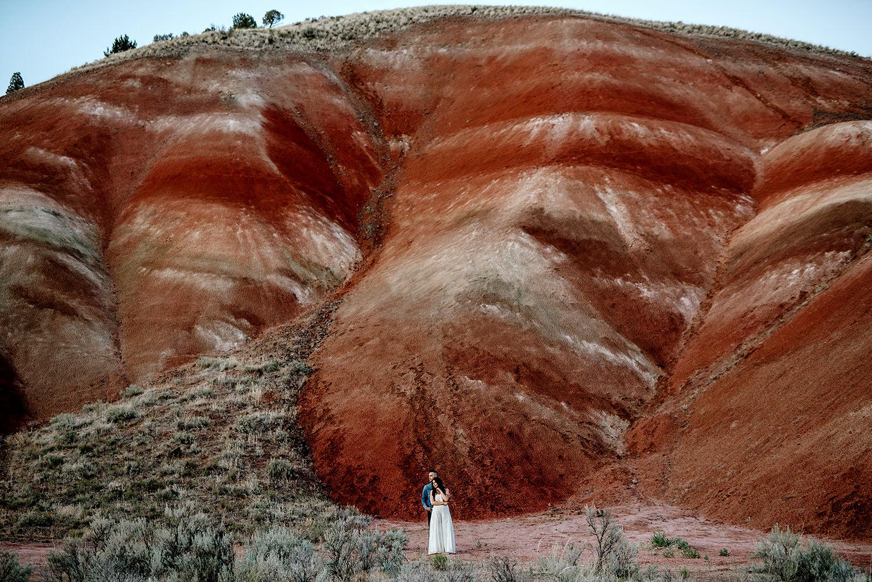 Painted-Hills-Oregon-Wedding-Photographer123.jpg