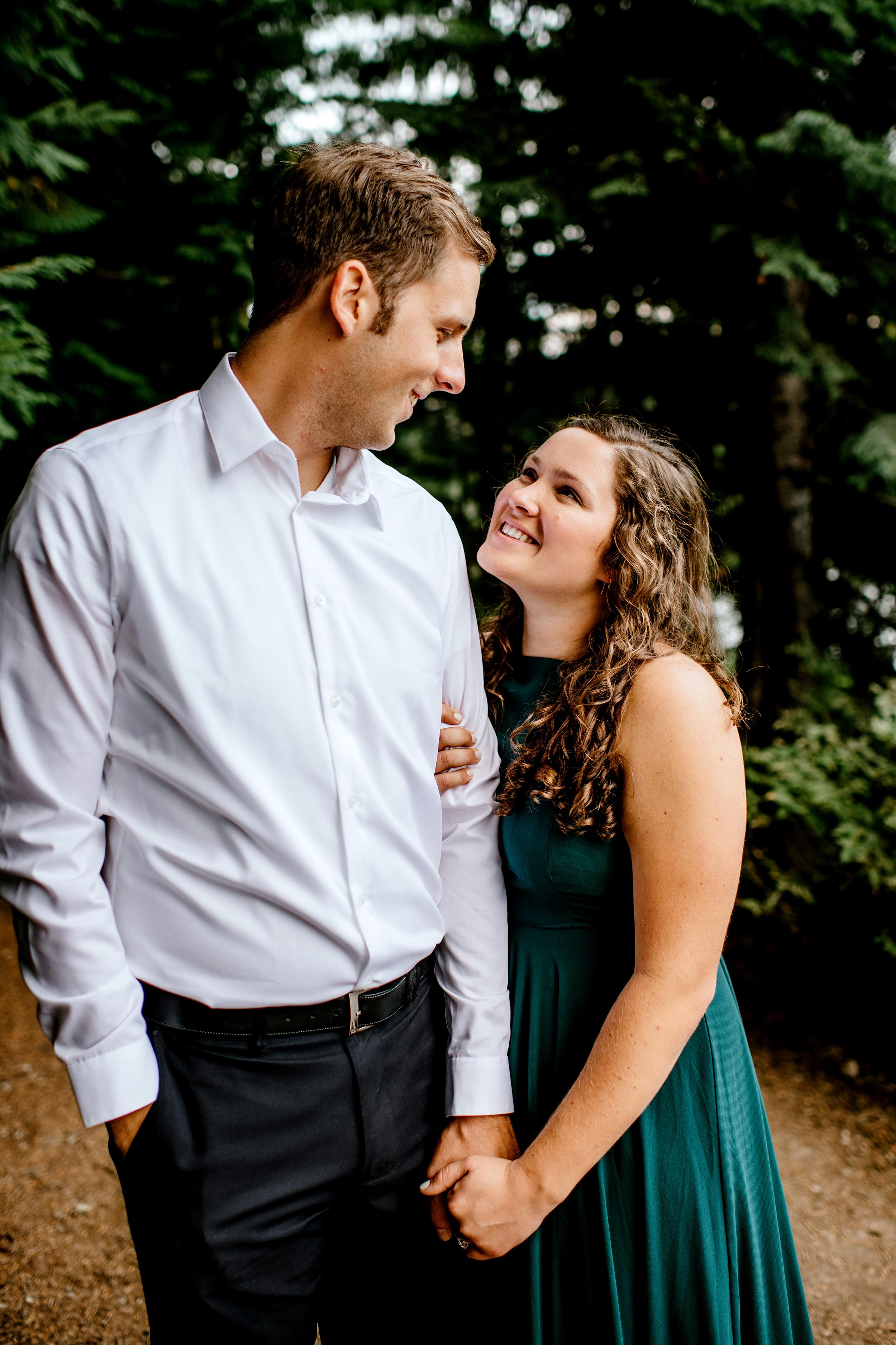 Trillium-lake-Engagement-Photos-Portland-wedding-photography120.jpg