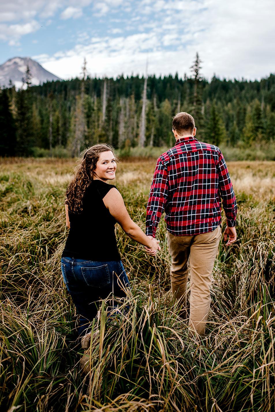 Trillium-lake-Engagement-session-Portland-wedding-photography090.jpg