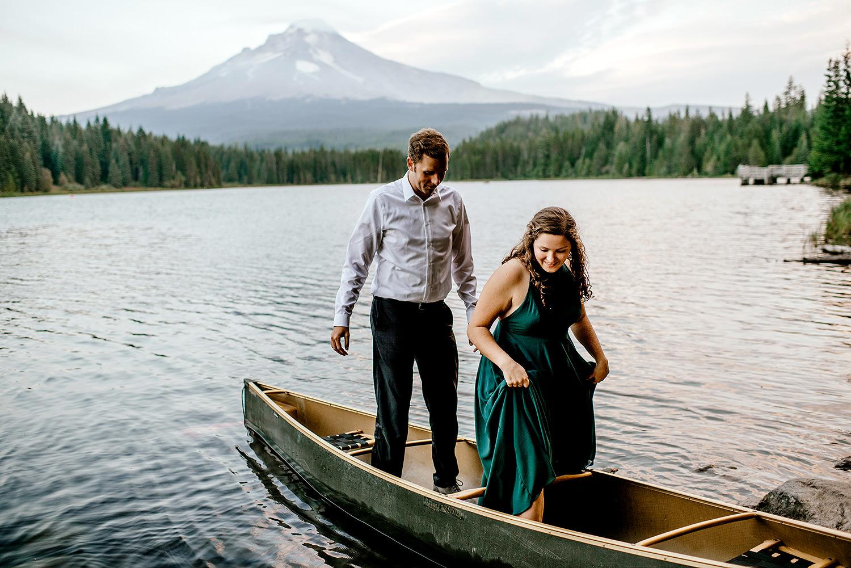 Trillium-lake-Engagement-session-Portland-wedding-photography204.jpg