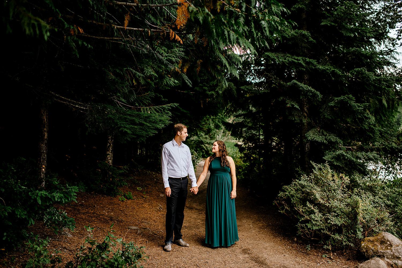 Trillium-lake-Engagement-session-Portland-wedding-photography167.jpg