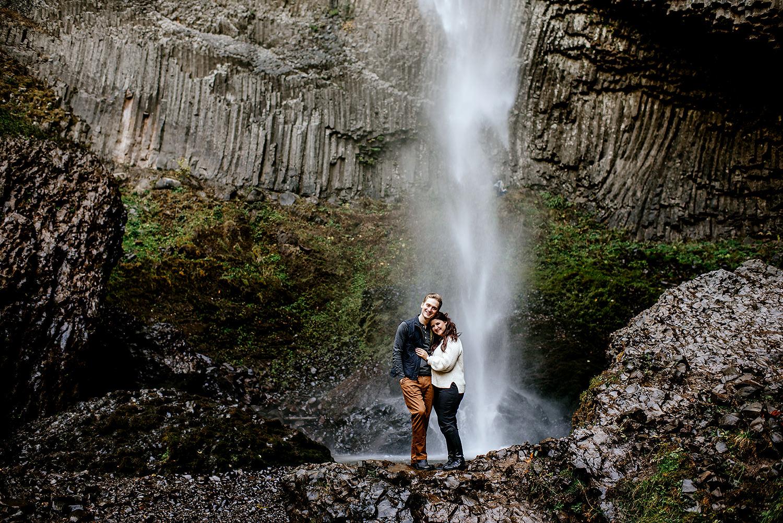 columbia-river-gorge-engagement-photos-Portland-Oregon-Photographer042.jpg