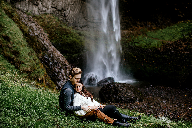 columbia-river-gorge-engagement-photos-Portland-Oregon-Photographer064.jpg