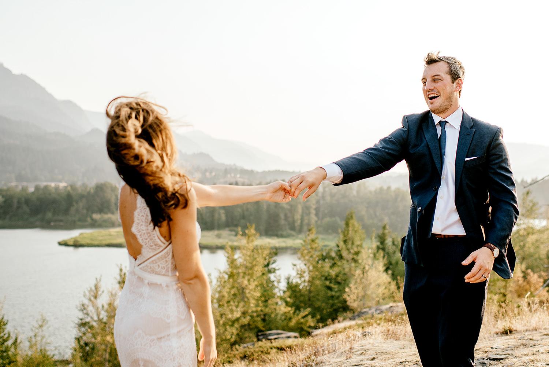 Columbia-River-Gorge-Elopement-Portland-Oregon-Wedding-Photographer-687.jpg