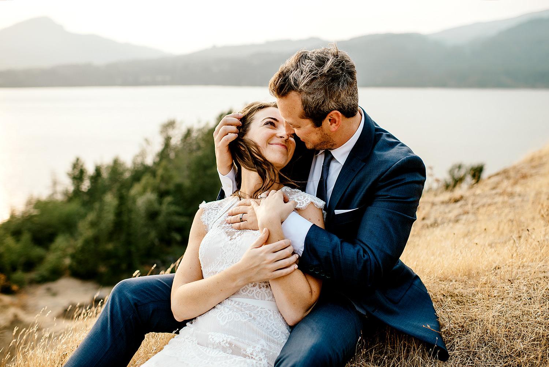 Columbia-River-Gorge-Elopement-Portland-Oregon-Wedding-Photographer-732.jpg