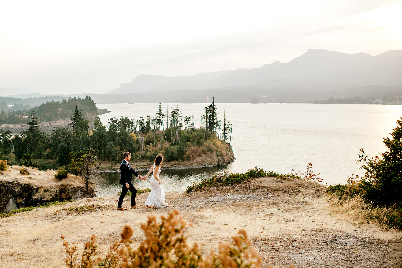 Columbia-River-Gorge-Elopement-Portland-Oregon-Wedding-Photographer-741.jpg
