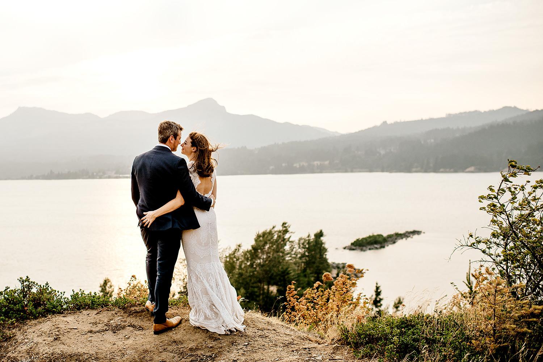 Columbia-River-Gorge-Elopement-Portland-Oregon-Wedding-Photographer-743.jpg