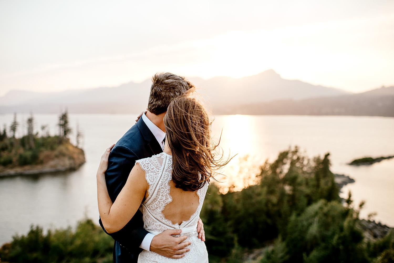 Columbia-River-Gorge-Elopement-Portland-Oregon-Wedding-Photographer-759.jpg