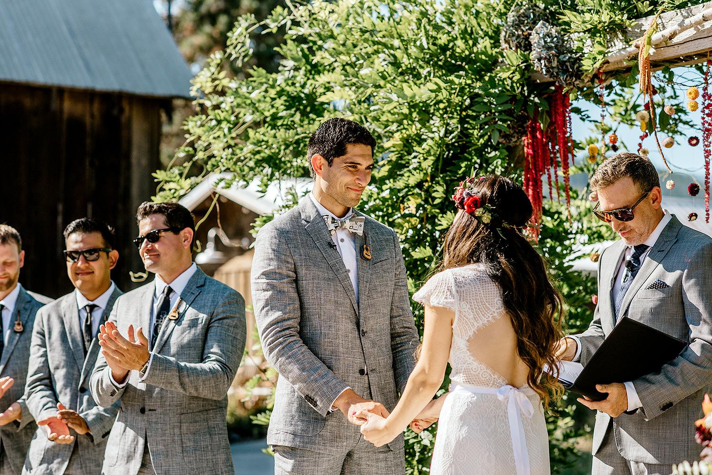 Tin-roof-Barn-wedding-Portland-Oregon-wedding-photographer-0392.jpg
