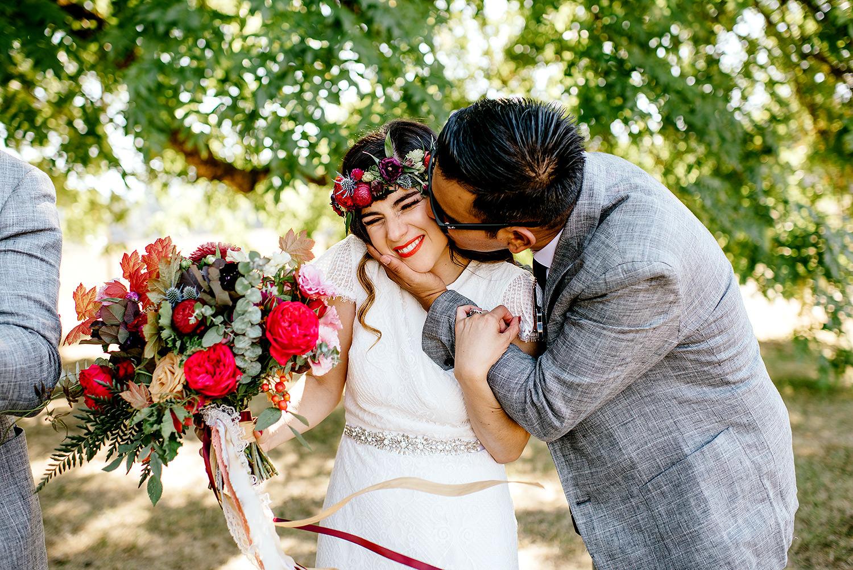 Tin-roof-Barn-wedding-Portland-Oregon-wedding-photographer-0489.jpg