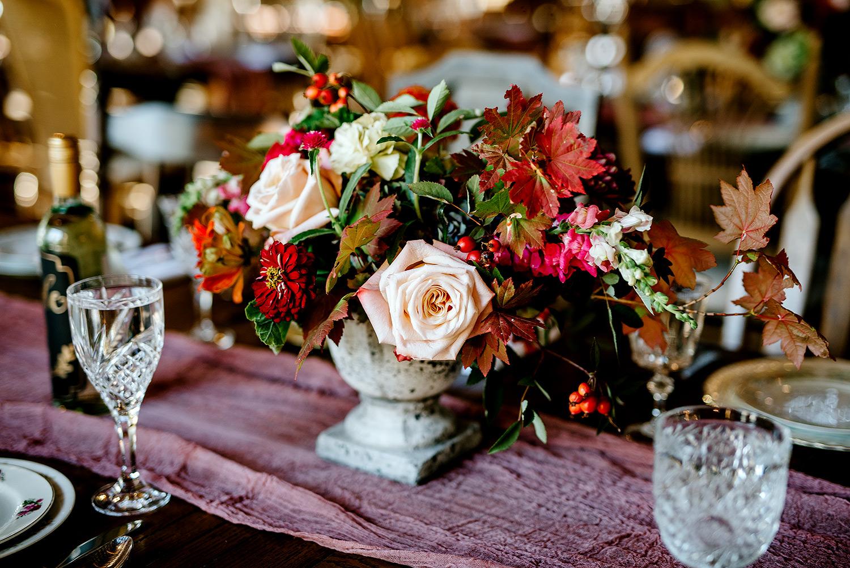 Tin-roof-Barn-wedding-Portland-Oregon-wedding-photographer-0672.jpg