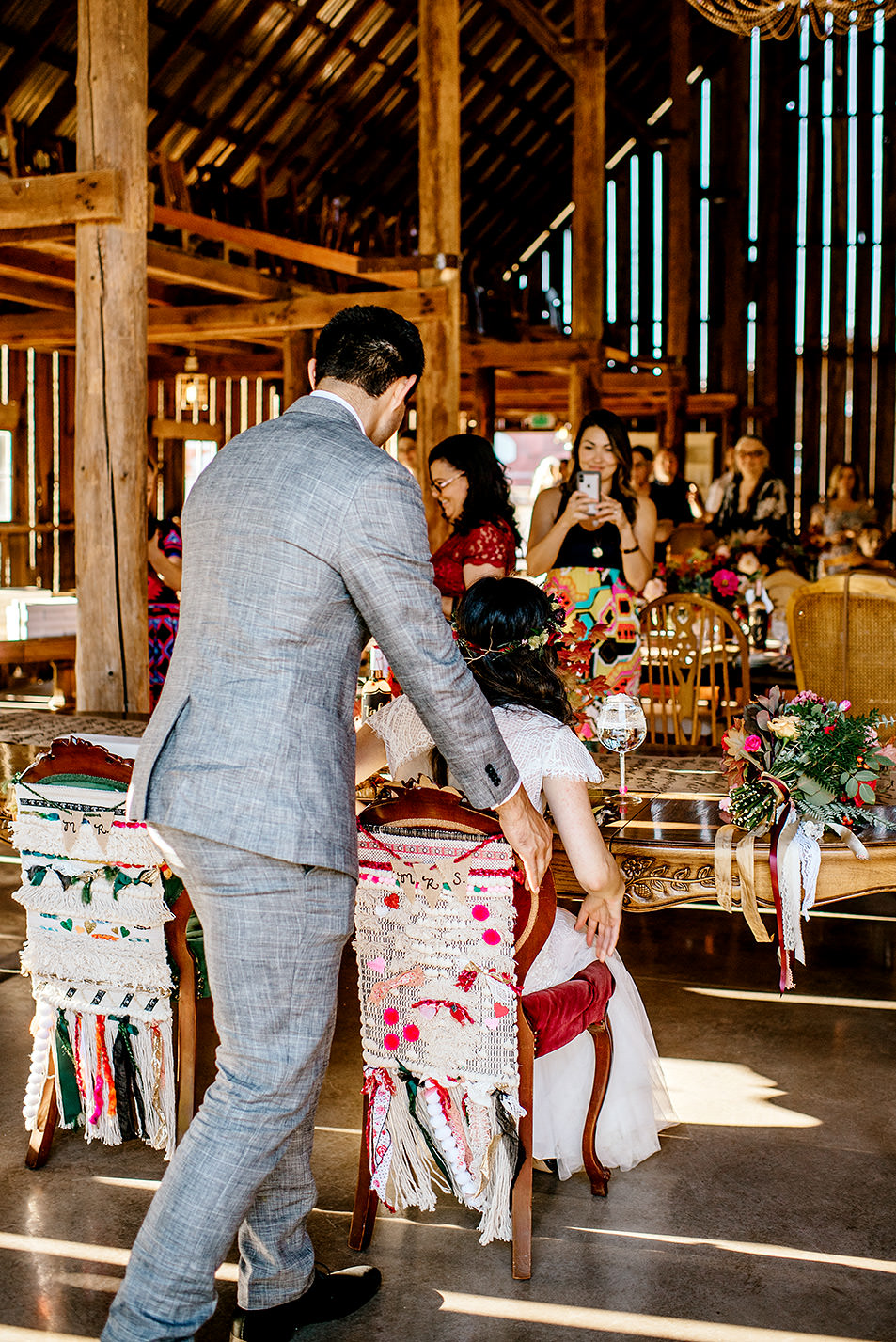 Tin-roof-Barn-wedding-Portland-Oregon-wedding-photographer-0727.jpg