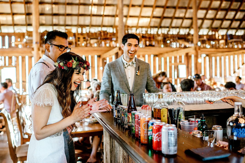 Tin-roof-Barn-wedding-Portland-Oregon-wedding-photographer-0748.jpg