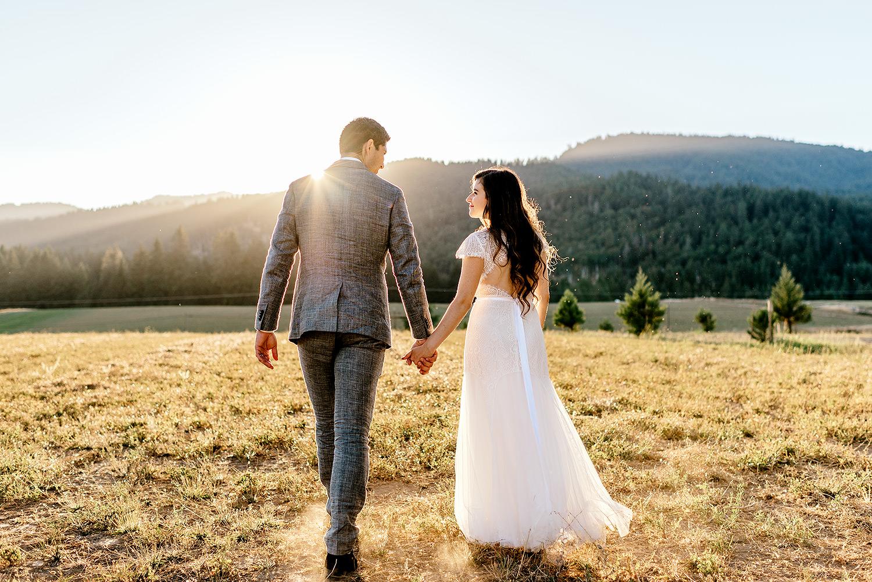 Tin-roof-Barn-wedding-Portland-Oregon-wedding-photographer-0771.jpg